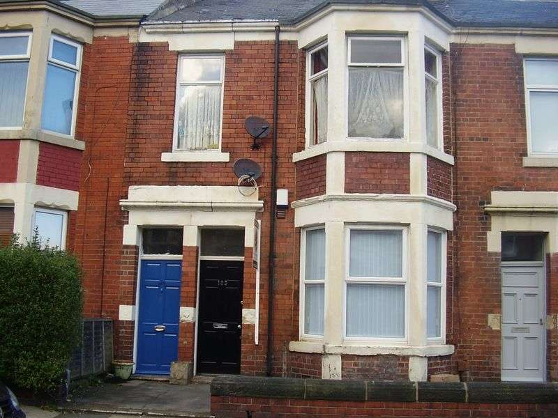 3 Bedrooms Flat for sale in Warton Terrace, Newcastle Upon Tyne