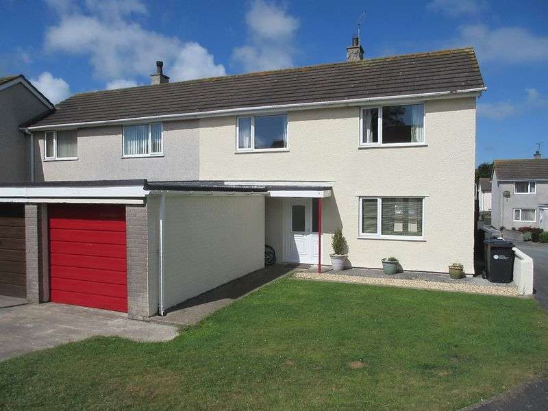 3 Bedrooms Terraced House for sale in Stad Glanrafon, Amlwch