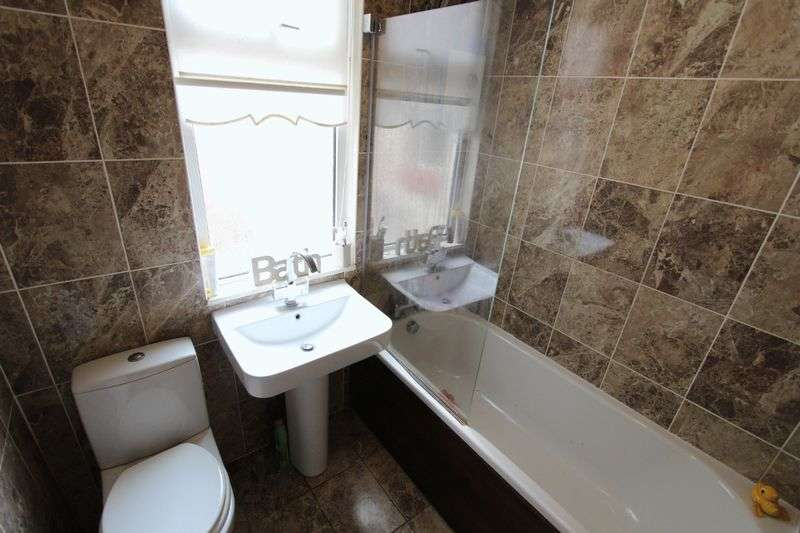 3 Bedrooms Terraced House for sale in Linacre Lane, Liverpool