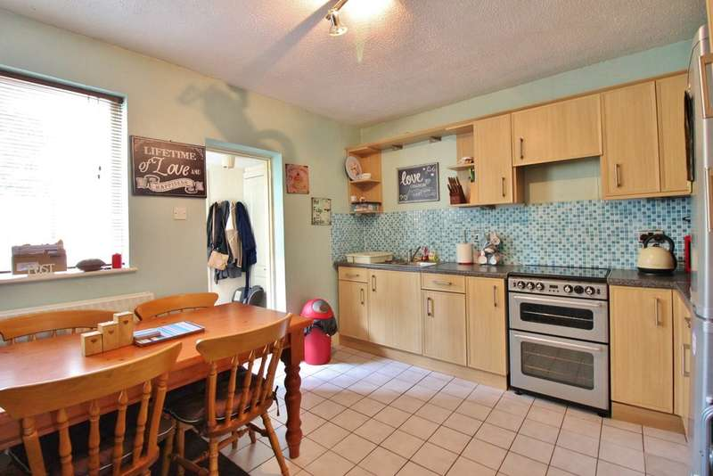 3 Bedrooms Terraced House for sale in Heigham Street, Norwich