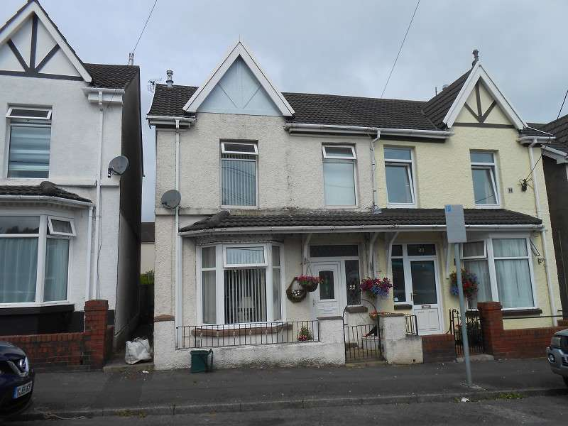 3 Bedrooms Semi Detached House for sale in 22 North Road, Loughor, Swansea, City & County of Swansea. SA4 6QE