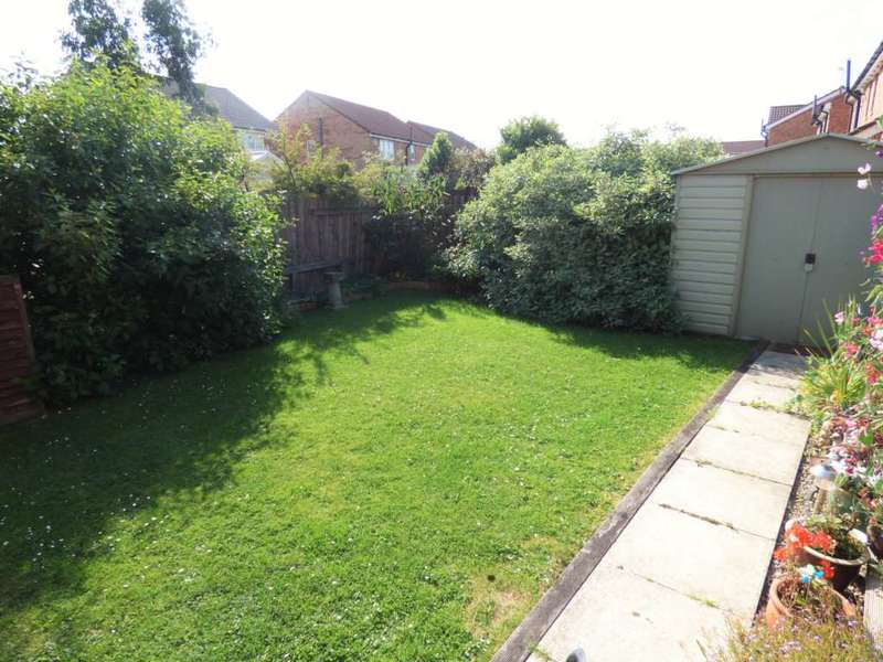 3 Bedrooms Semi Detached House for sale in Trevarrian Drive, Redcar