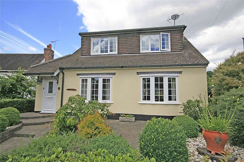 3 Bedrooms Detached House for sale in Rowtown, Addlestone, Surrey, KT15