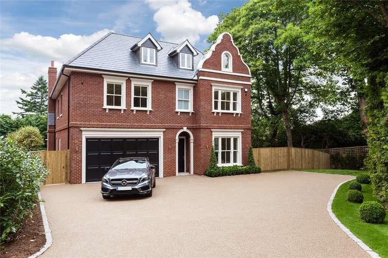 7 Bedrooms Detached House for sale in Cobbetts Hill, Weybridge, Surrey, KT13