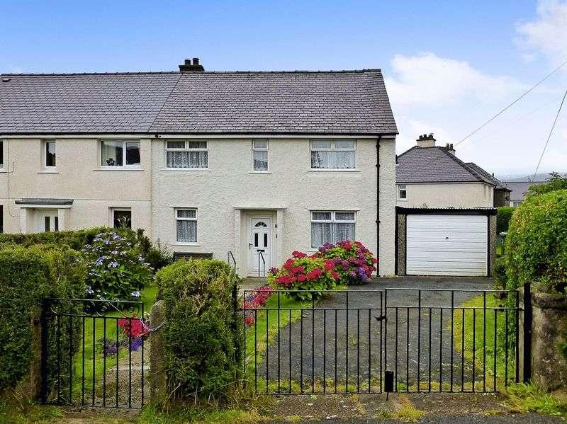 3 Bedrooms Semi Detached House for sale in Mynydd Llandegai