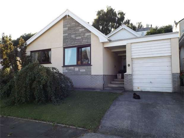 3 Bedrooms Detached Bungalow for sale in The Pines, Cilfrew, Neath, West Glamorgan