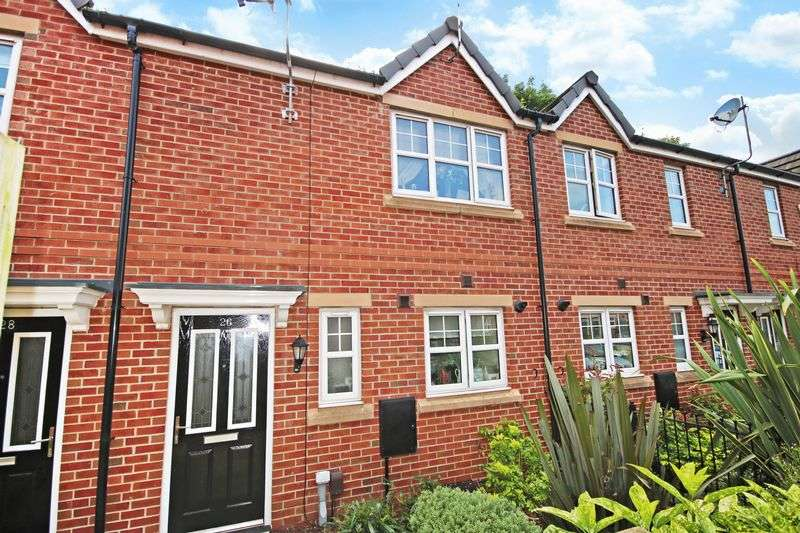 3 Bedrooms Terraced House for sale in Bowfell Close, Worsley M28 0AN