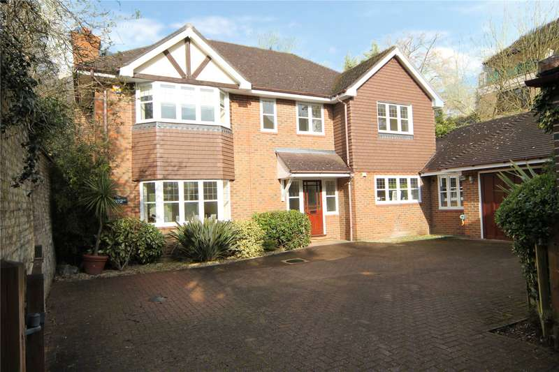 5 Bedrooms Detached House for sale in Hartsbourne Park, High Road, Bushey Heath, Bushey, Hertfordshire, WD23