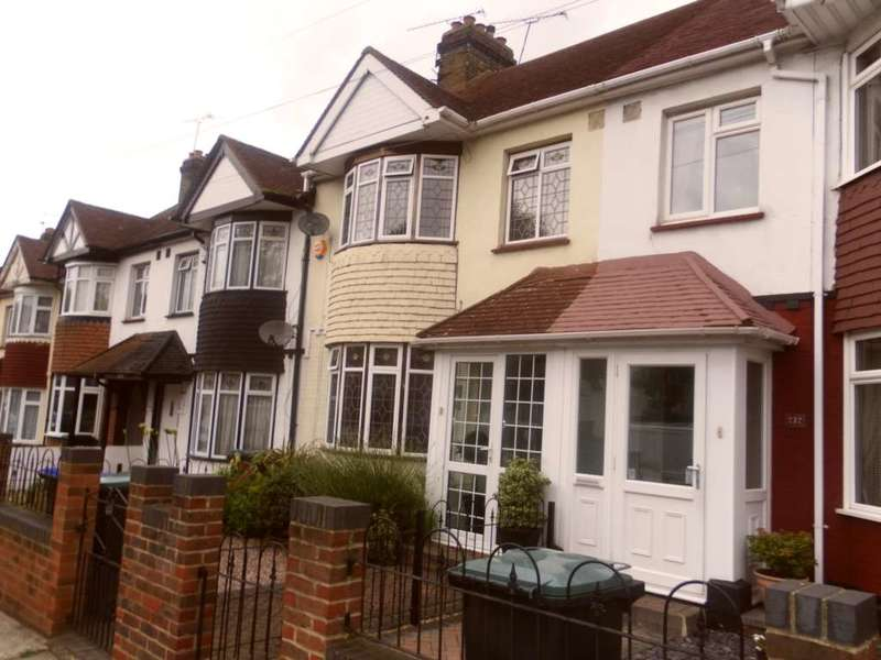 3 Bedrooms Terraced House for sale in Old Road East, Gravesend