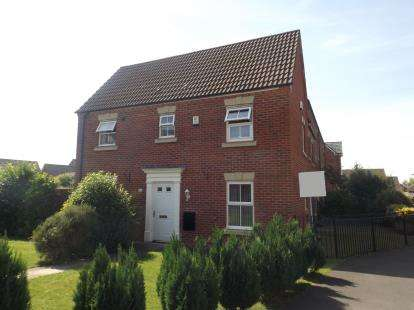 3 Bedrooms Semi Detached House for sale in Great Park Drive, Leyland, Preston, Lancashire, PR25