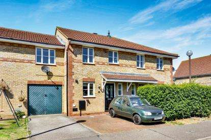 3 Bedrooms Terraced House for sale in Chicksands Avenue, Monkston, Milton Keynes, Bucks