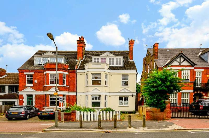 1 Bedroom Flat for sale in Sutherland Grove, Southfields, SW18