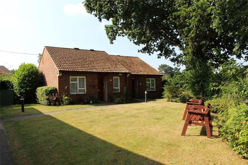 2 Bedrooms Retirement Property for sale in Halleys Court, Woking, Surrey, GU21