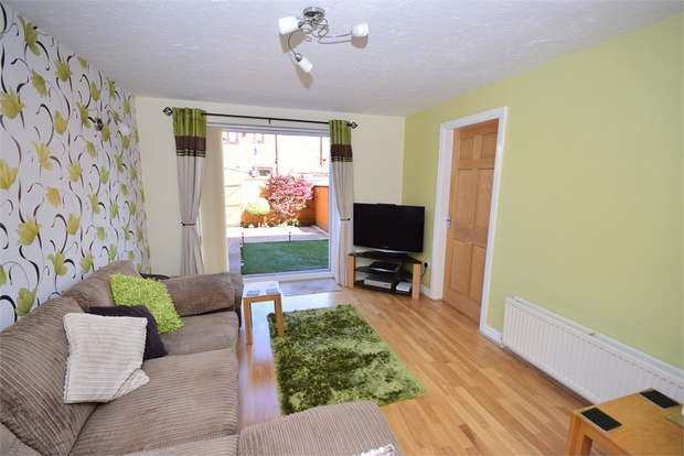2 Bedrooms Terraced House for sale in 23 Linden Mews, LYTHAM ST ANNES, Lancashire
