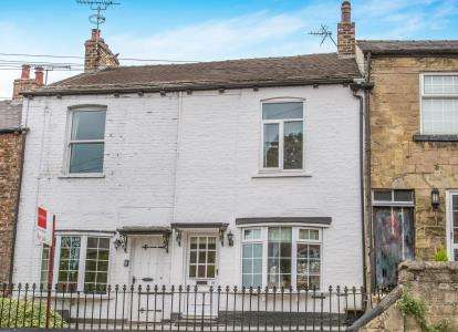 2 Bedrooms Terraced House for sale in Briggate, Knaresborough, North Yorkshire, .