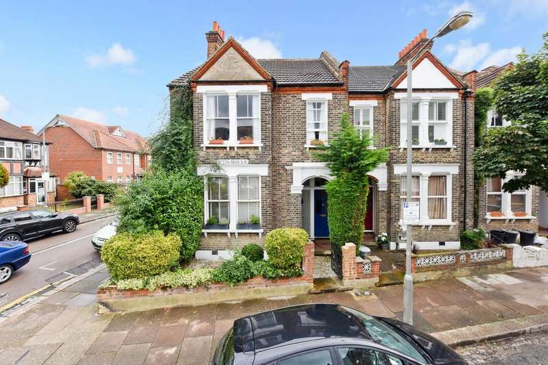 2 Bedrooms Flat for sale in Byton Road, London SW17