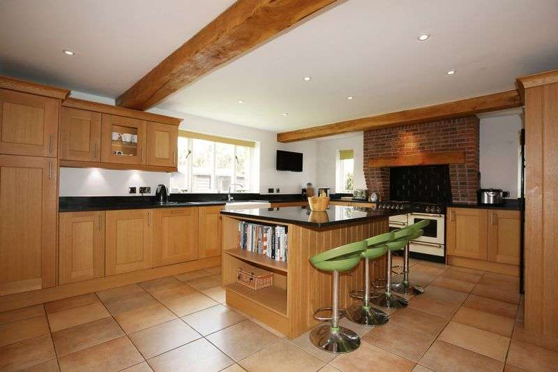 5 Bedrooms Detached House for sale in Henry Dane Way, Newbold Coleorton, Leicestershire LE67 8PP