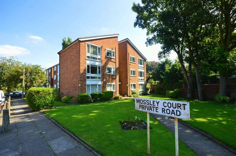 2 Bedrooms Flat for sale in Lyndhurst Avenue, Mossley Hill