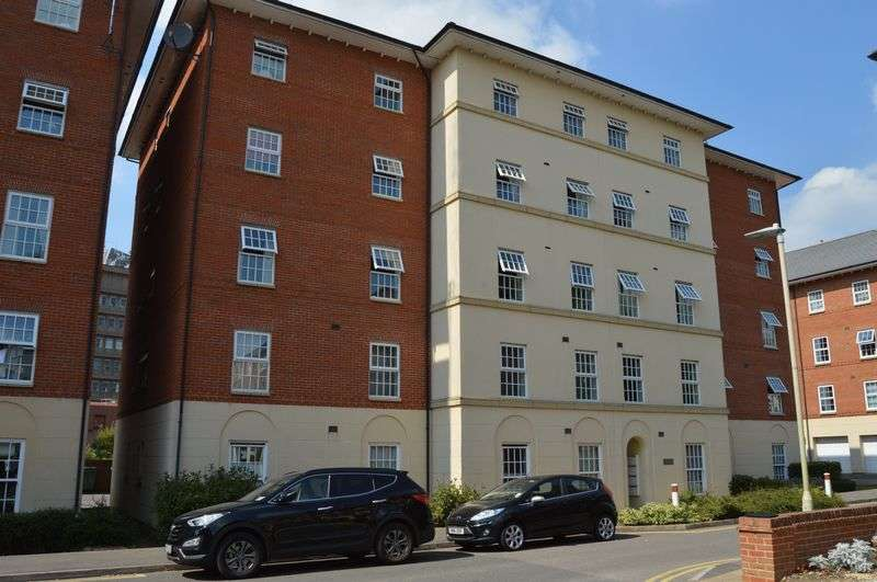 1 Bedroom Flat for sale in Finsbury House, Gloucester