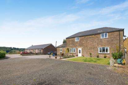 2 Bedrooms Detached House for sale in Newnham Road, Blakeney, Gloucestershire, The Coach House