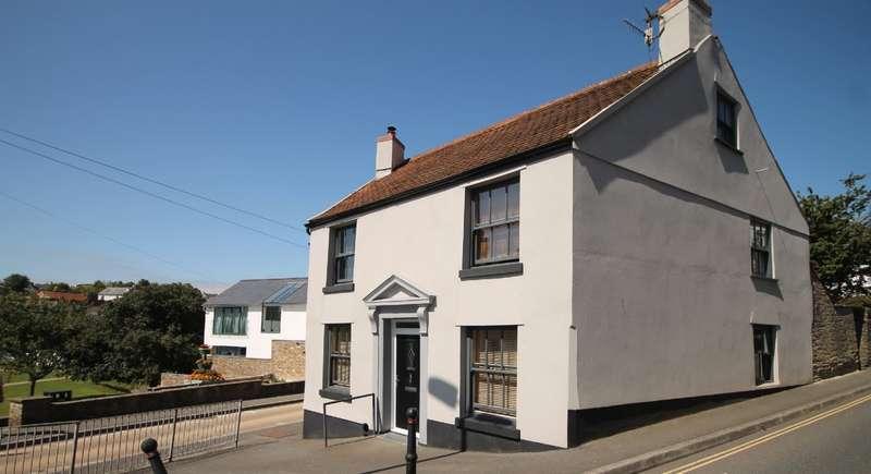 2 Bedrooms Flat for sale in Flat 1 Belle Vue House, 57 Church Street, Kingsbridge