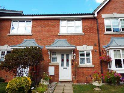 2 Bedrooms Terraced House for sale in Rayleigh, Essex
