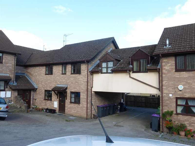 3 Bedrooms Flat for sale in Llanerch Close, Wainfelin, Pontypool