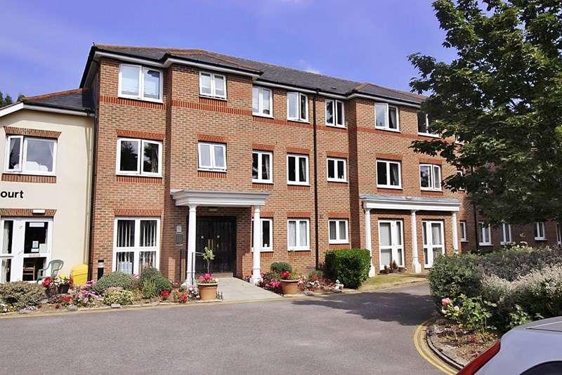 1 Bedroom Retirement Property for sale in Spalding Court, Chelmsford, CM1 2UZ