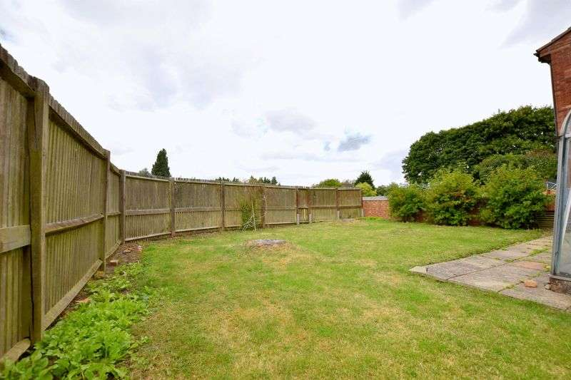 3 Bedrooms House for sale in Plym Close, Aylesbury