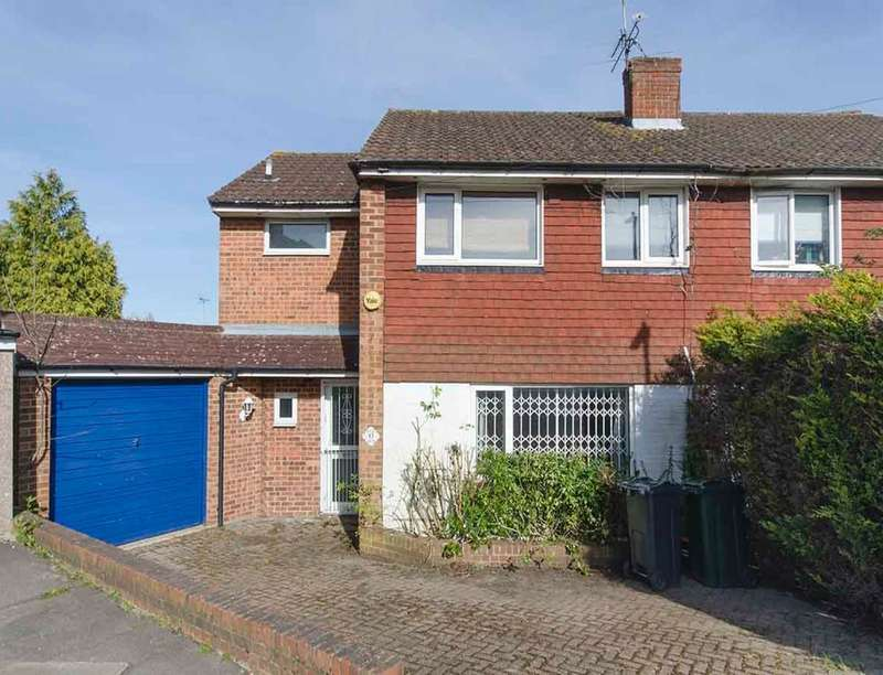 4 Bedrooms Semi Detached House for sale in Northdown, Ashford, TN24