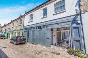 3 Bedrooms Terraced House for sale in Cambridge Grove, Hove, East Sussex
