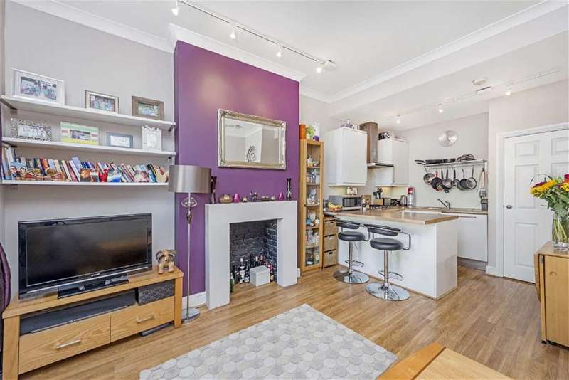 1 Bedroom Flat for sale in Balham High Road, Balham