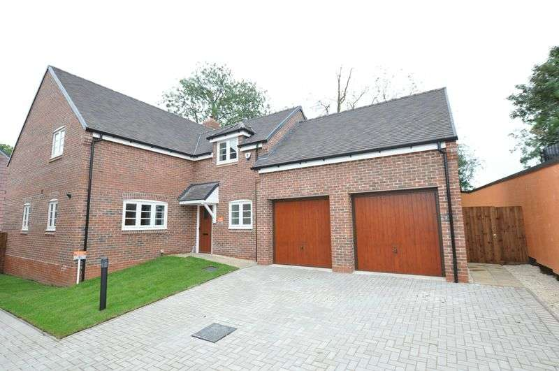 4 Bedrooms Detached House for sale in Ivy Manor, Abbots Bromley