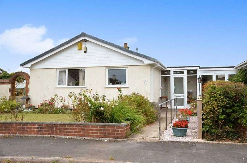 2 Bedrooms Bungalow for sale in POMEROY AVENUE, BRIXHAM