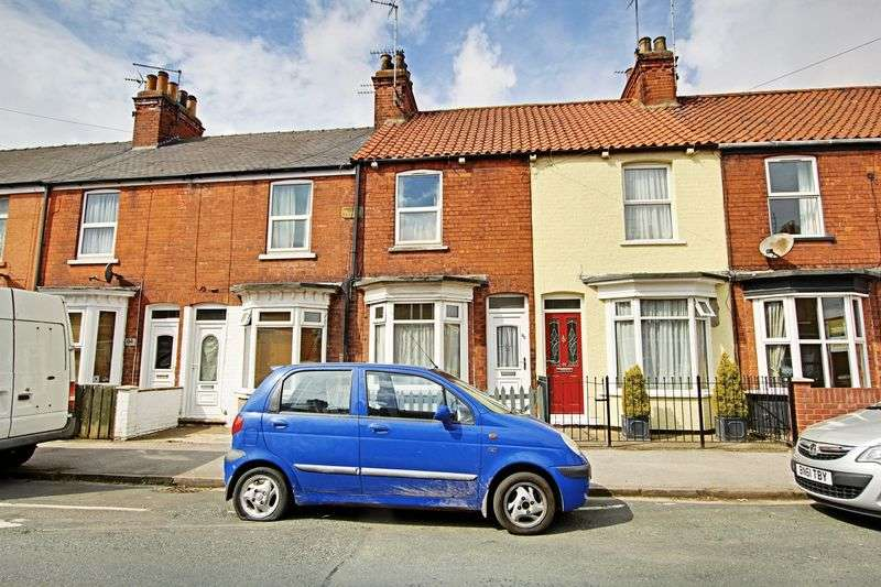 2 Bedrooms Terraced House for sale in Beaver Road, Beverley