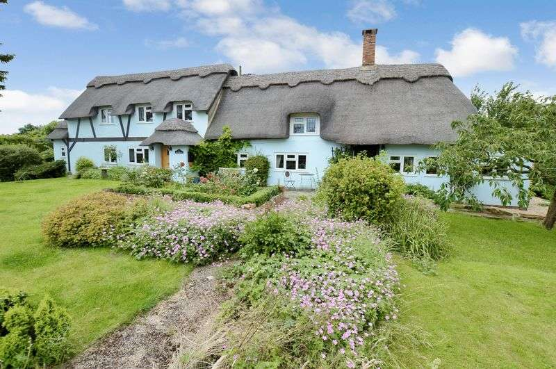 4 Bedrooms Cottage House for sale in Bluebells, Main Road, Roughton