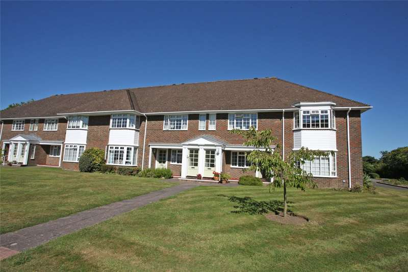 2 Bedrooms Flat for sale in Trafalgar Court, Farnham, Surrey, GU9