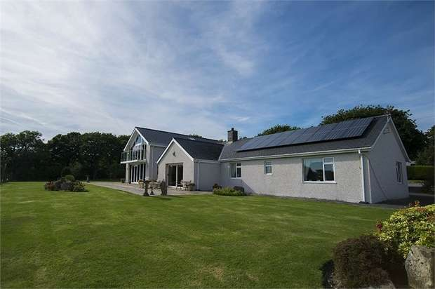 5 Bedrooms Detached House for sale in Swn Y Mor, Chwilog, Pwllheli, Gwynedd
