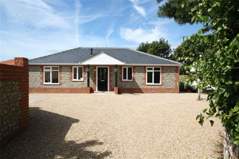 2 Bedrooms Detached Bungalow for sale in Sea Lane, South Ferring, West Sussex, BN12