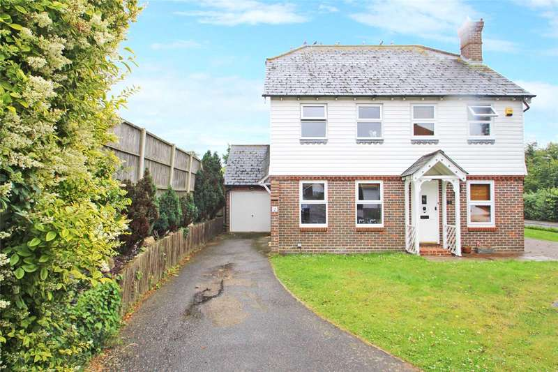 2 Bedrooms Semi Detached House for sale in Florlandia Close, Sompting, West Sussex, BN15