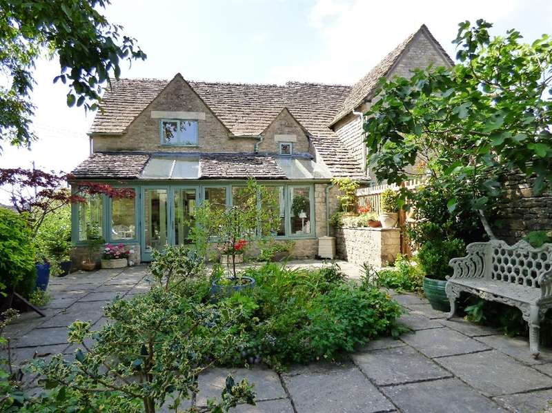 3 Bedrooms Detached House for sale in Arlington Green, Bibury, Cirencester