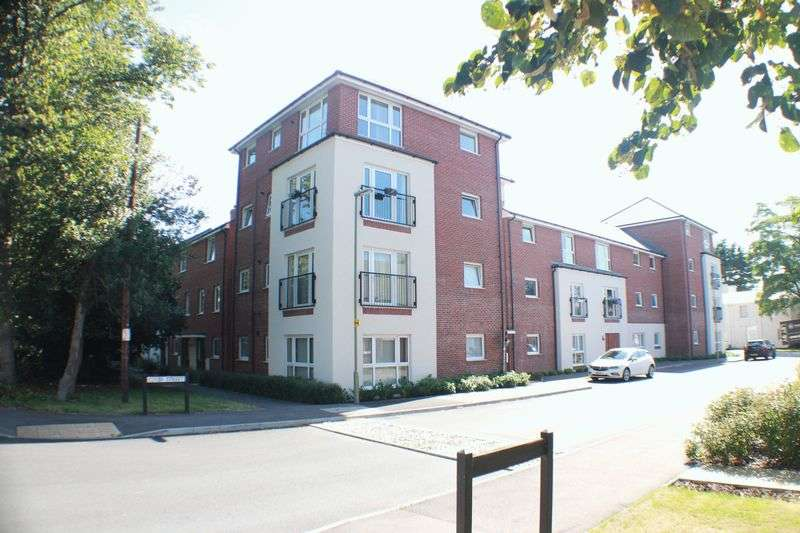 2 Bedrooms Flat for sale in Colby Street, Maybush