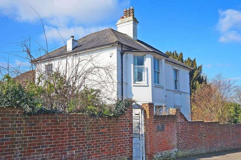 3 Bedrooms Detached House for sale in Parsonage Lane, Sidcup