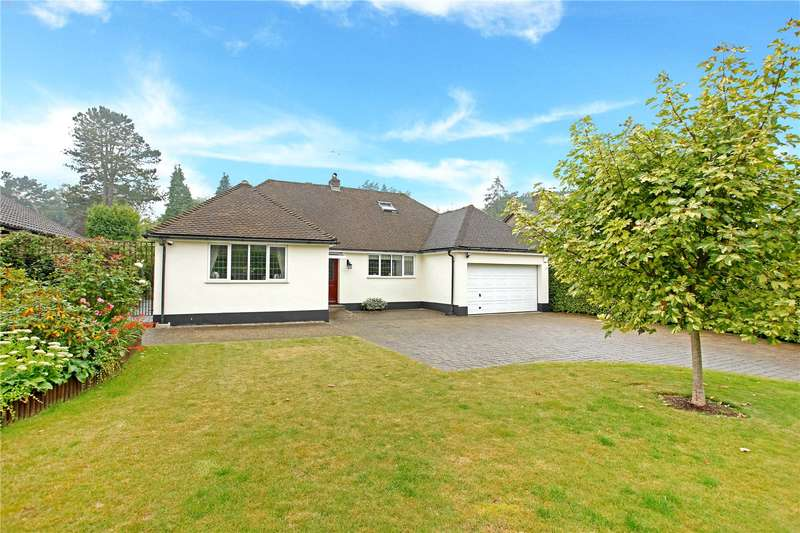 3 Bedrooms Detached Bungalow for sale in Station Road, Woldingham, Surrey, CR3