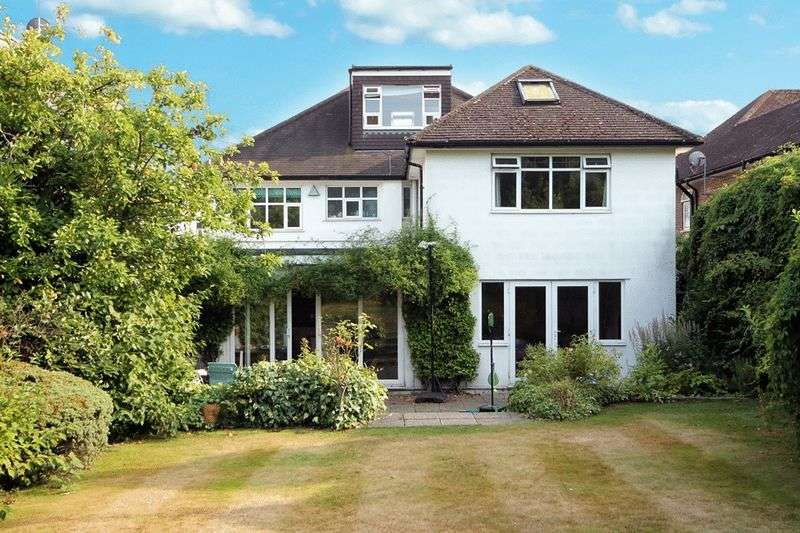 6 Bedrooms Detached House for sale in Glanleam Road, Stanmore