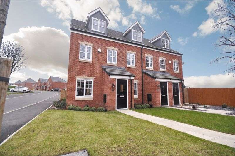 3 Bedrooms House for sale in Mayflower Gardens, Rochdale