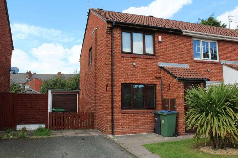 2 Bedrooms Terraced House for sale in Lister Close, Tipton