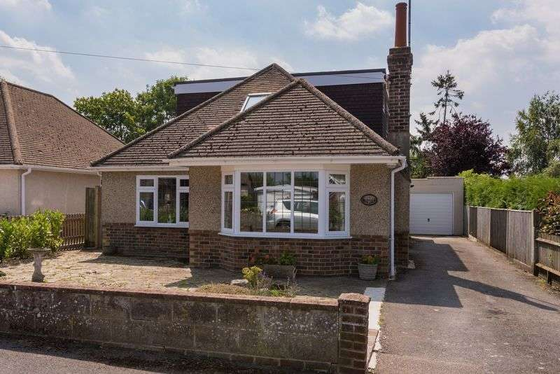 4 Bedrooms Bungalow for sale in Mackie Avenue, Hassocks, West Sussex,