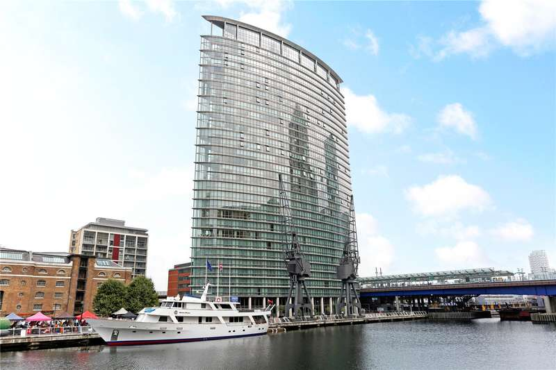 2 Bedrooms Flat for sale in West India Quay, London, E14