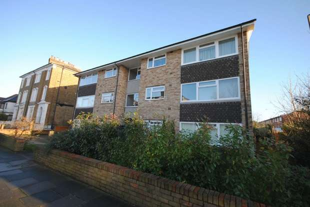 2 Bedrooms Flat for sale in Murray Court, Manor Road, Twickenham